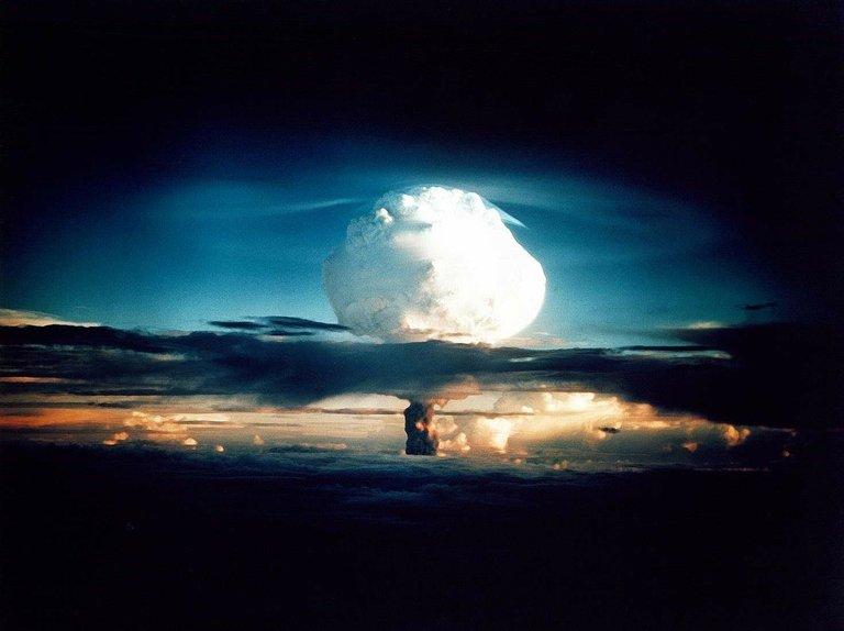 hydrogenbomb63146_1280.jpg