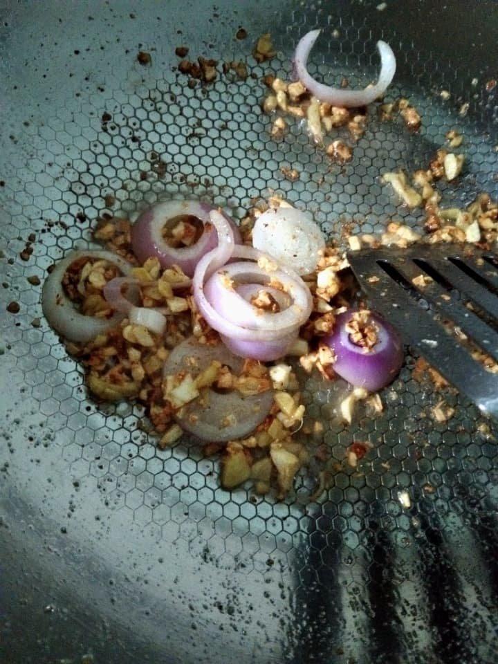 red onion saute.jpg