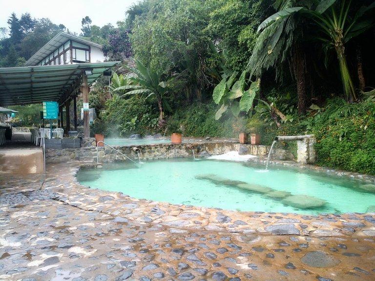 piscina_1.jpeg