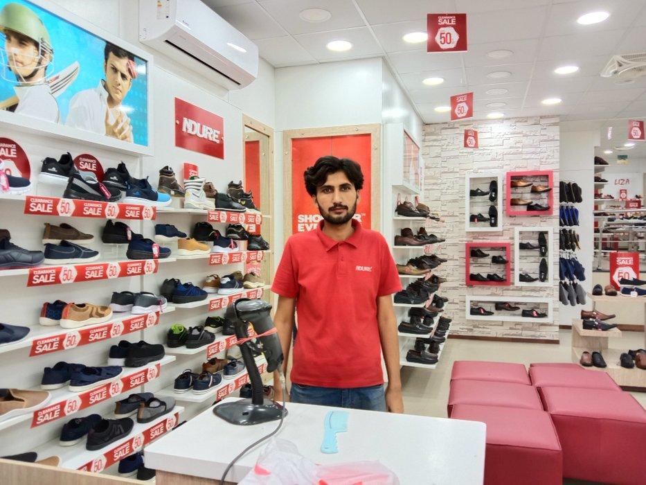 shop seller