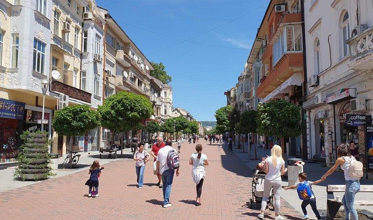 varna_v_iyune_naslazhdaymsya_bolgarskim_letom_photo1_219655035.jpg