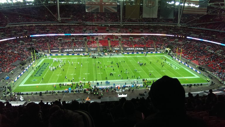 Dallas_Cowboys_vs_Jacksonville_Jaguars_NFL_International_Series.jpg