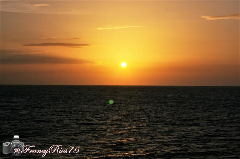 Mar y sol 1.png