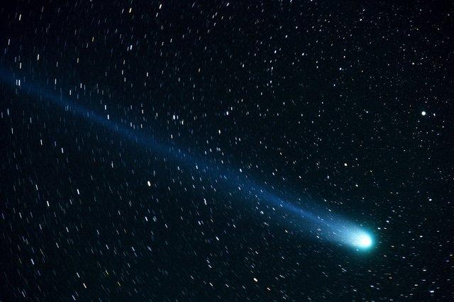comet-877918_1920.jpg