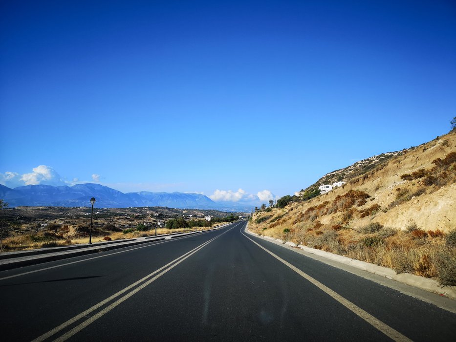 road-to-heraklion.jpg