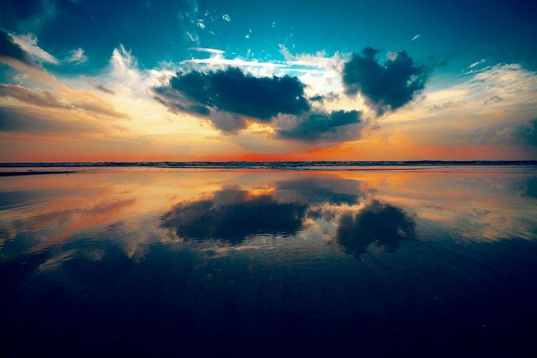 The-Baltic-Mirror.jpg