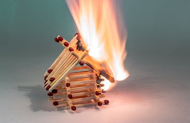 fire-2086370_1280.jpg