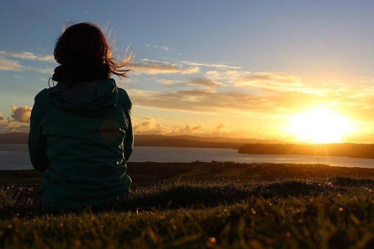 sunset-2525181_960_720.jpg
