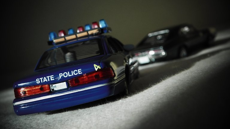 squad-car-1155883_1280.jpg