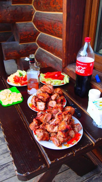 Grilled meat and fresh vegetables